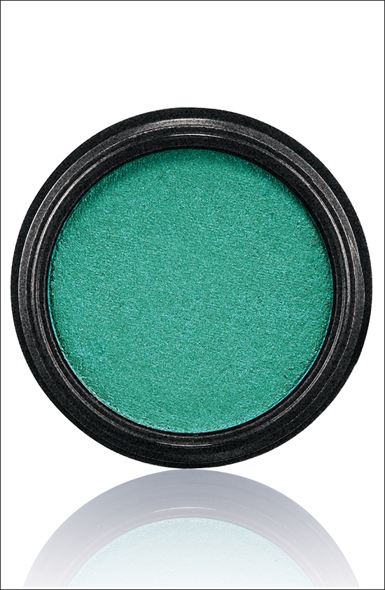 тени для век MAC Electric Cool Eyeshadow Fashion Circuit - Bright kelly green (яркий светлый зеленый)