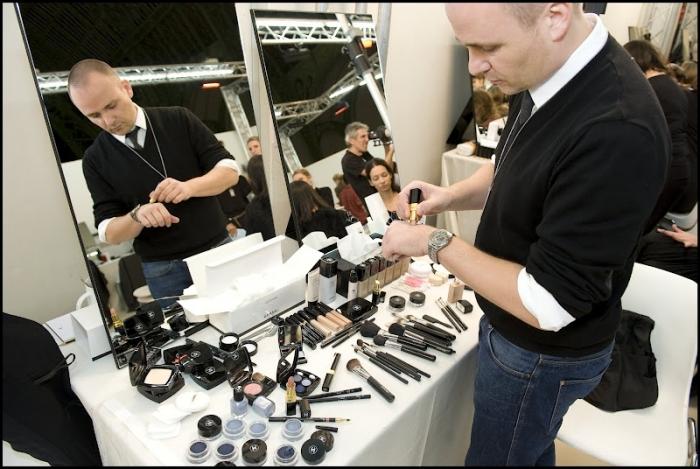 Питер Филипс - креативный директор Chanel. Лимитированная коллекция макияжа Chanel Blue Illusion Summer 2012