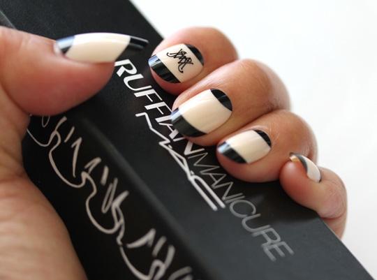 Набор накладных ногтей Ruffian Manicure