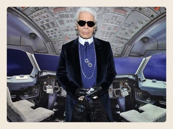 Карл Лагерфельд Лимитированная коллекция макияжа Chanel Blue Illusion Summer 2012