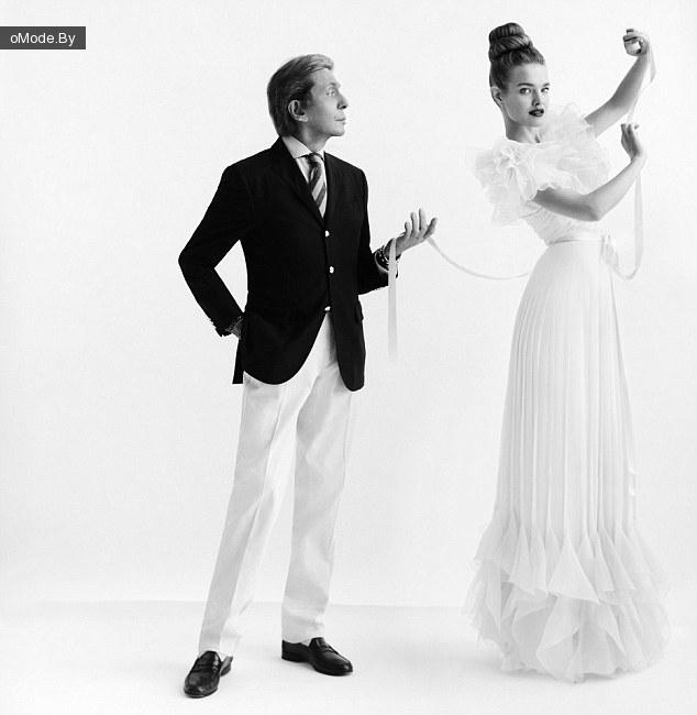 Для демонстрации платьев из своей коллекции Валентино пригласил русскую топ-модель Нататью Водянову