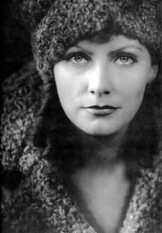 Грета Гарбо на постере фильма Анна Коренина, 1935 г.