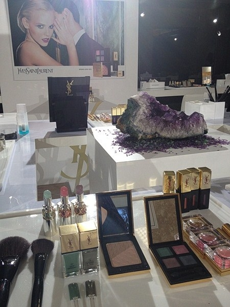 Весенняя коллекция макияжа YSL Arty Stone Spring 2013 Makeup Collection