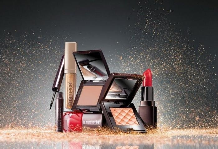 Рождественская коллекция макияжа Laura Mercier Art Deco Muse Holiday 2012 Collection
