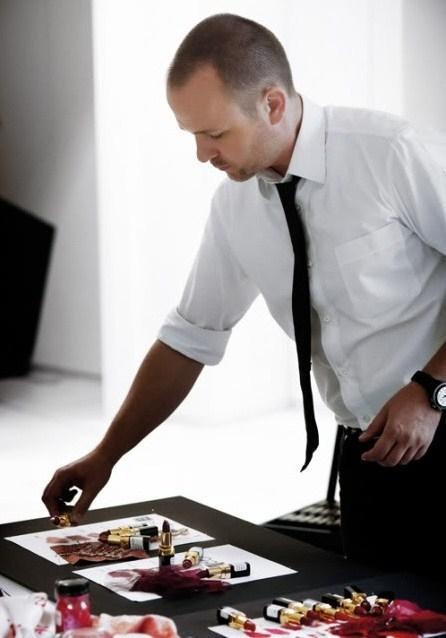 Питер Филипс (Peter Philips), креативный директор по макияжу Chanel