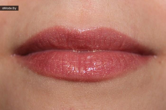 Свотчи блесков для губ от Calvin Klein №410 Pastel Gold