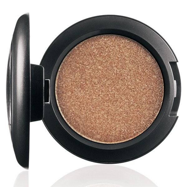 Спрессованные пигменты Pressed Pigment Day Gleam – High pearl powder in NC30 shade