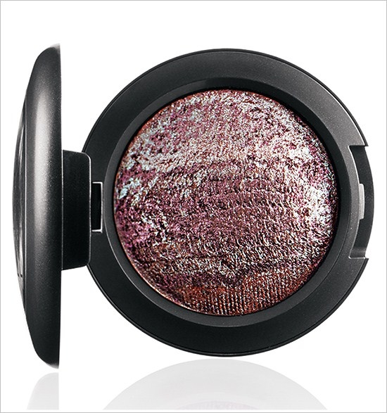 Минеральные тени для век Mineralize Eyeshadow Fireside - Deep plum with purple veining