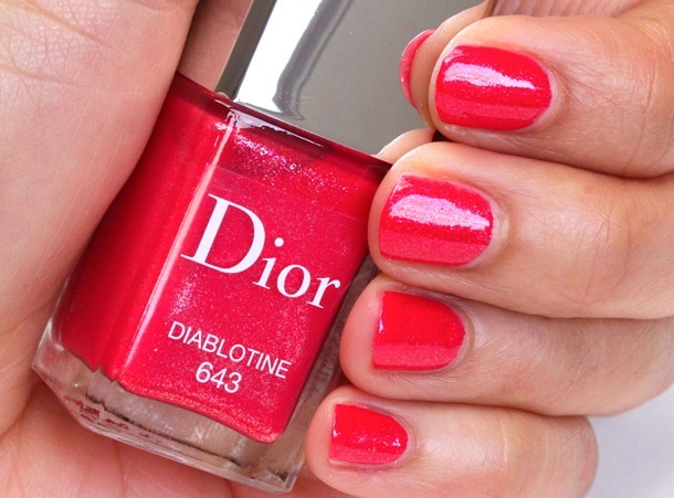 Летняя коллекция лаков для ногтей Dior Vernis Sparkling Shine Summer 2013 Collection - свотчи
