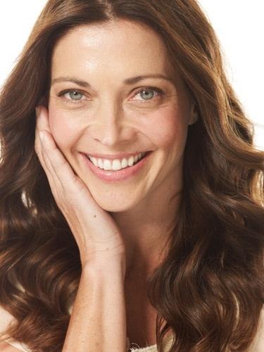 Советы, как выглядеть моложе при помощи правильного макияжа - тон лица