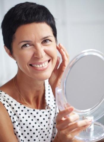 Советы, как выглядеть моложе при помощи правильного макияжа - Брови