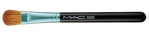 Большая кисть для теней MAC Baking Beauties 252 Brush Large Shader Brus