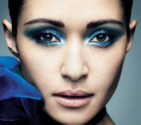 Какие оттенки подходят для макияжа смоки айс для карих глаз