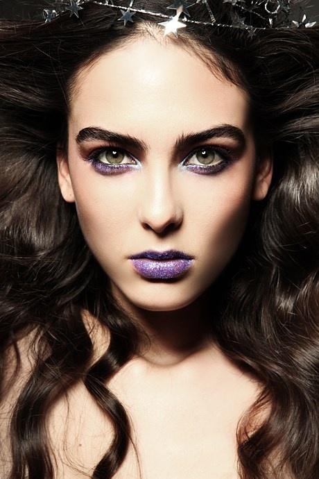 Ошибки, которых стоит избегать при создании новогоднего макияжа