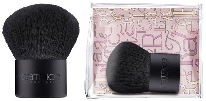 Мини-кисть кабуки для лица Catrice Mini Kabuki Brush
