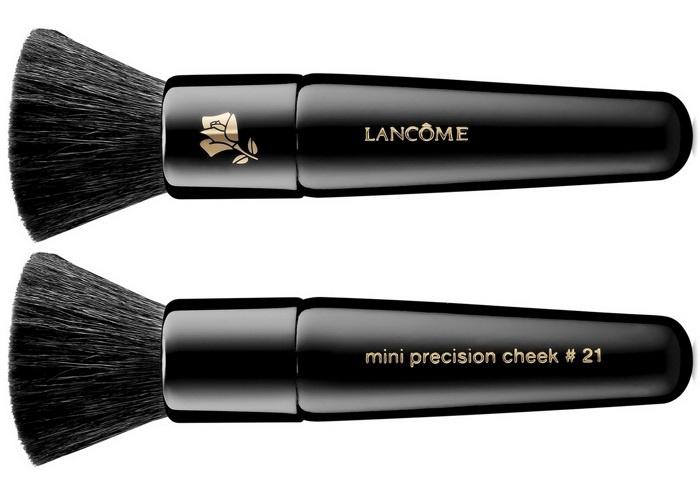 Мини-кисть для пудры и румян Lancome 'Petit Precision' Cheek Brush #21