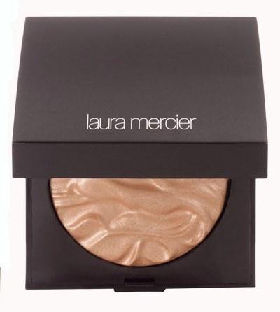 Мерцающий хайлайтер для лица Un Été À Ibiza Face Illuminator (золотисто-розовый)