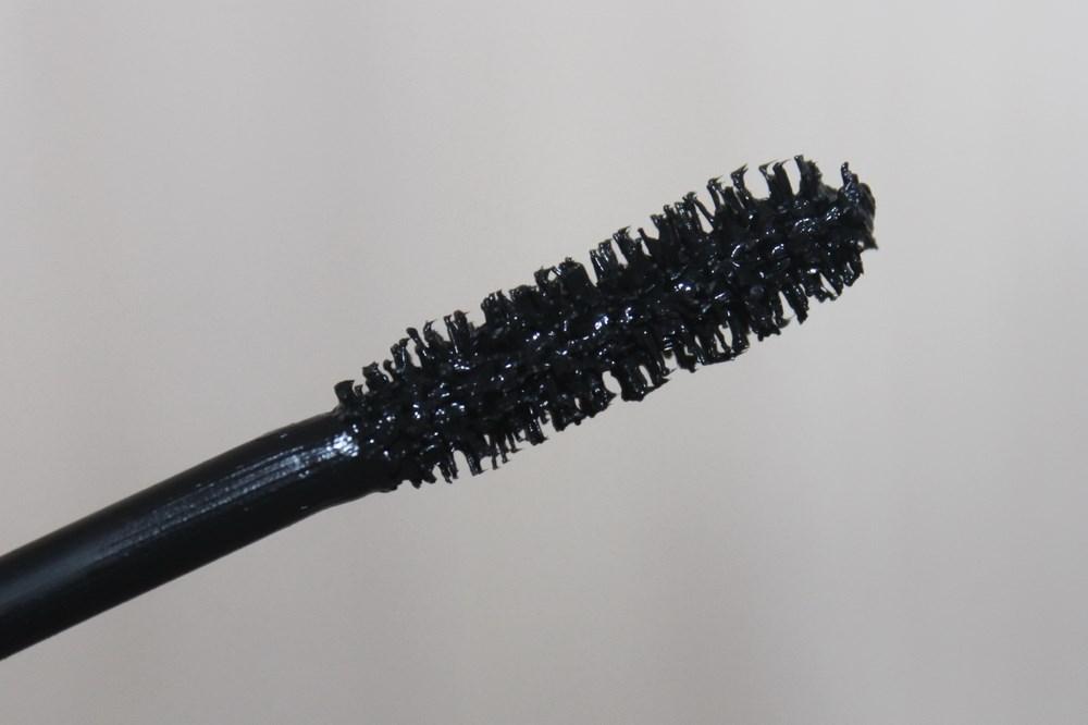 Тушь для ресниц объемная Relouis Compliment - кисточка